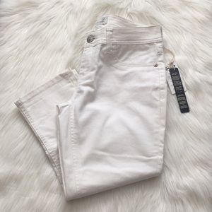 White Seven7 capris